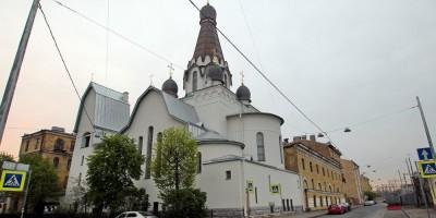 Церковь на Роменской в 2015 году