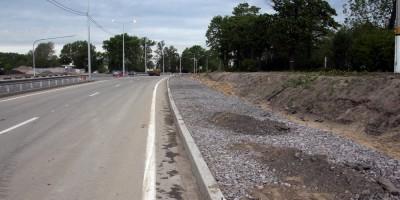 Петербургское шоссе, тротуар