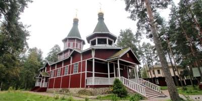 Сестрорецк, церковь Пантелеймона на Тарховском проспекте