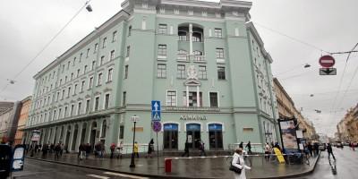 Станция метро Адмиралтейская