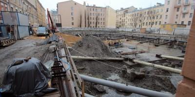 Строительство в переулке Лодыгина