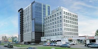 Бизнес-центр на углу Софийской и Фучика