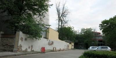 Снос стены дацана на Липовой