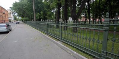Кронштадт, Романовский сквер, решетка