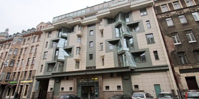 Малый проспект Петроградской стороны, 30