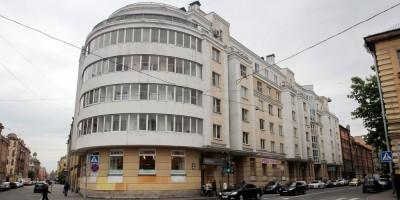 Улица Моисеенко, 5