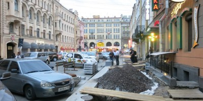 Замена плитки на улице Маяковского