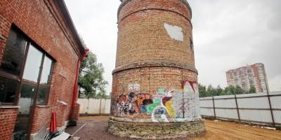 Ферма Бенуа, силосная башня