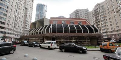 Недостроенный спортивно-оздоровительный центр,проспект Луначарского, 11, корпус 2