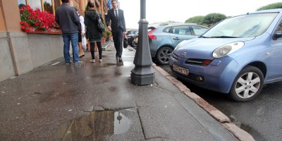 Тротуар Исаакиевской площади