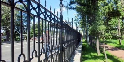 Лопухинский сад, ограда