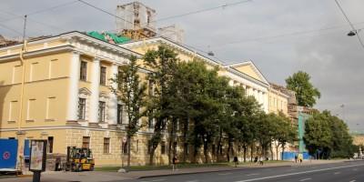 Главное здание Константиновского военного училища