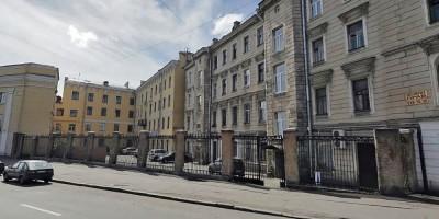 Левашовский, ограда