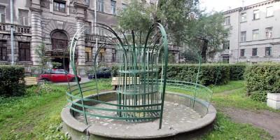 Литейный проспект, 46, фонтан