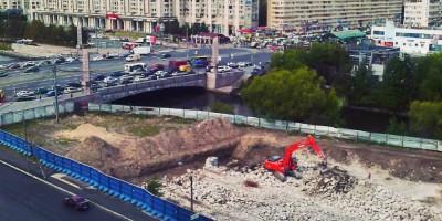 Улица Беринга, демонтаж фундаментов