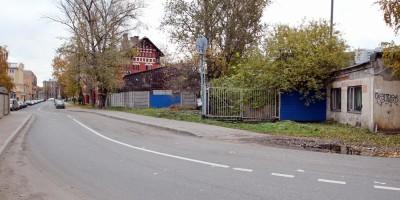 Малая Митрофаньевская улица, бывший переезд
