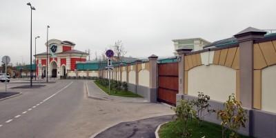 Пулково аутлет, Пулковское шоссе