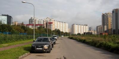 Пулковское шоссе, сквер на месте подъездного пути к Самсону