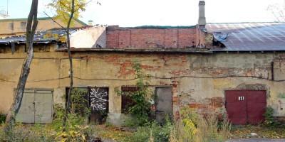 Измайловский, 2, заброшенный гараж