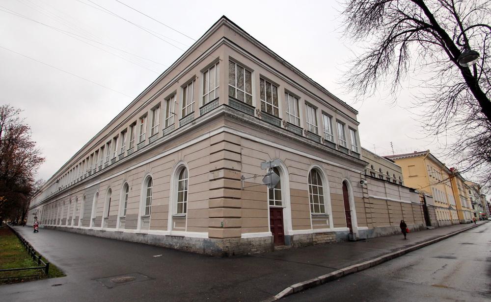 Хлебозавод Василеостровского района на 20-й линии, 19