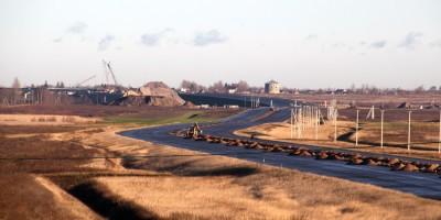 Новое Киевское шоссе, поля
