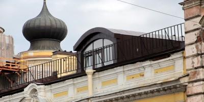 Особняк Каншина в Кузнечном переулке, 4, слуховое окно