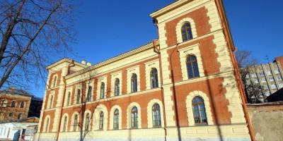 Здание офицерского корпуса Черноморского дивизиона на набережной Обводного канала