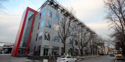 Улица Коли Томчака, 28, литера К, здание Селектела на Цветочной