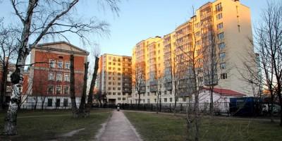 Выборгская улица, 5, из Выборгского сада