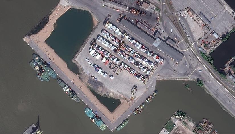 Причальный комплекс в Угольной гавани