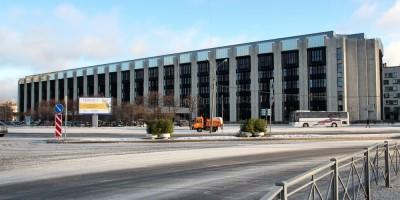 Здание Электронстандарта на площади Победы