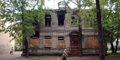 Павловск, улица Васенко, 8, деревянный дом Цветковой
