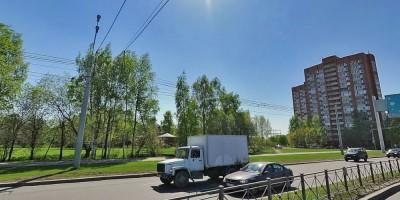 Сквер на Светлановском