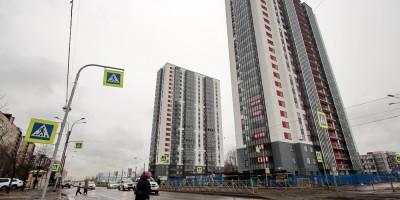 Ириновский проспект, 32 и 34
