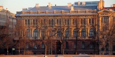 Мало-Михайловский дворец на Адмиралтейской набережной, 8