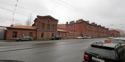 Новочеркасский проспект, казармы Новочеркасского полка