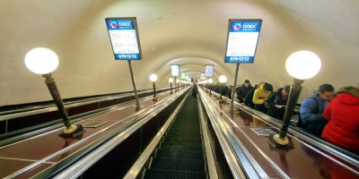Технологический институт, эскалаторы