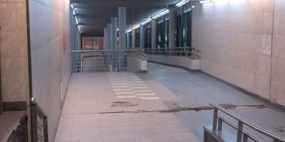 Выход из Ладожского вокзала к метро