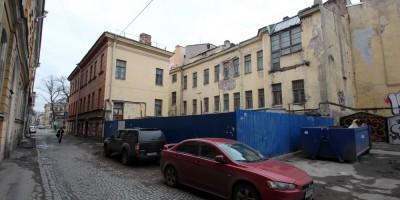 Дом Соловейчика на улице Репина, двор