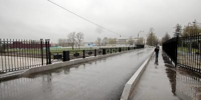 Плотина Охтинского завода, мост