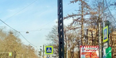 Трамвайный столб на 2-м Муринском проспекте