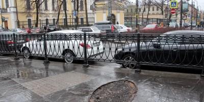 Владимирская площадь, место рекламного экрана