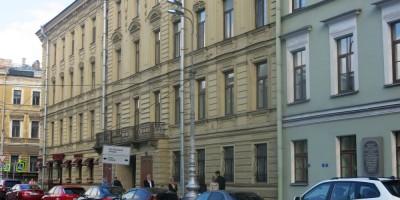 Фонарь на Театральной площади