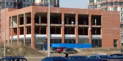Строительство спорткомплекса на улице Доблести