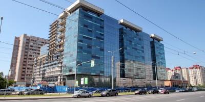Торгово-офисный центр на Наличной улице, 44, корпус 1