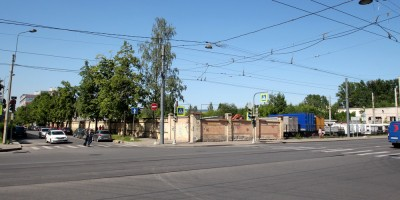 Угол 24-й линии Васильевского острова и Среднего проспекта