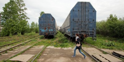 Улица Дыбенко, вагоны