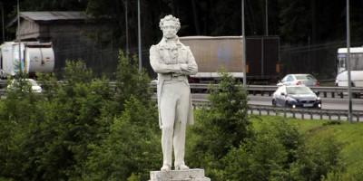 Дальняя Рогатка, памятник Пушкину, Пулковское шоссе