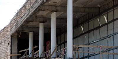 Снос кинотеатра Прибой на Среднем проспекте, второй этаж