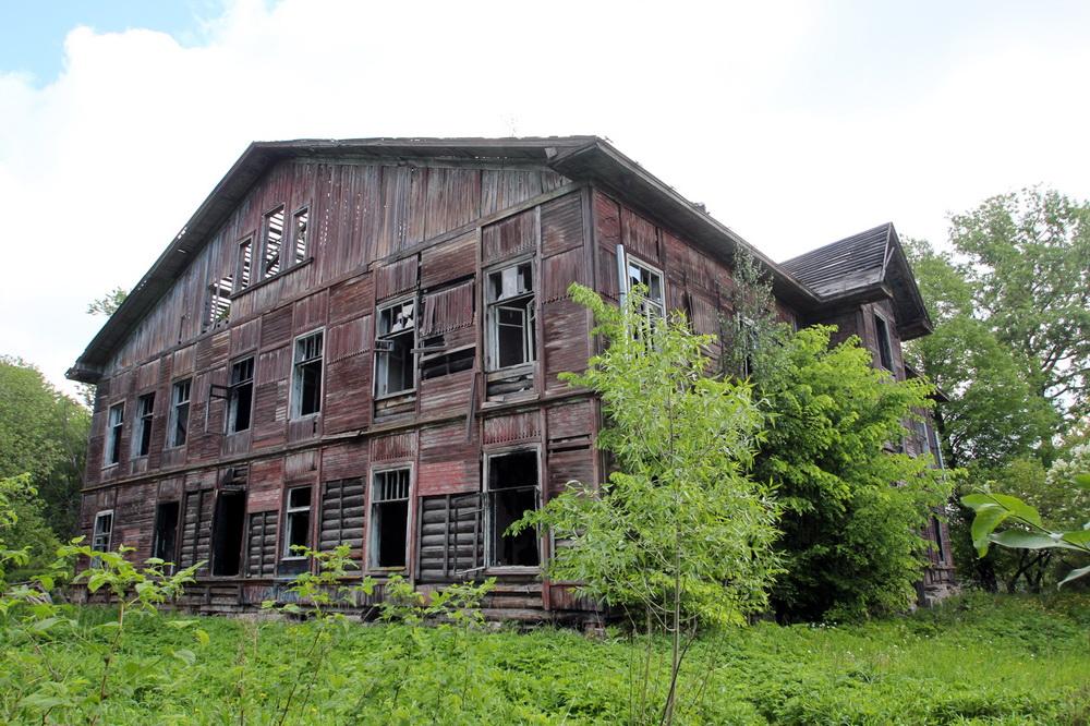 Красное Село, Фабричный посёлок, дом 5